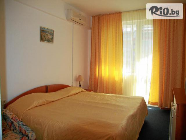 Хотел Лотос Галерия #8