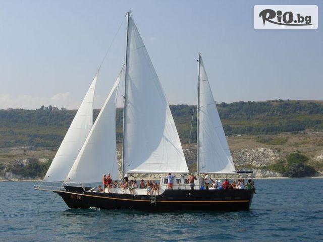 Моторно-ветроходна яхта Орфей  Галерия #1