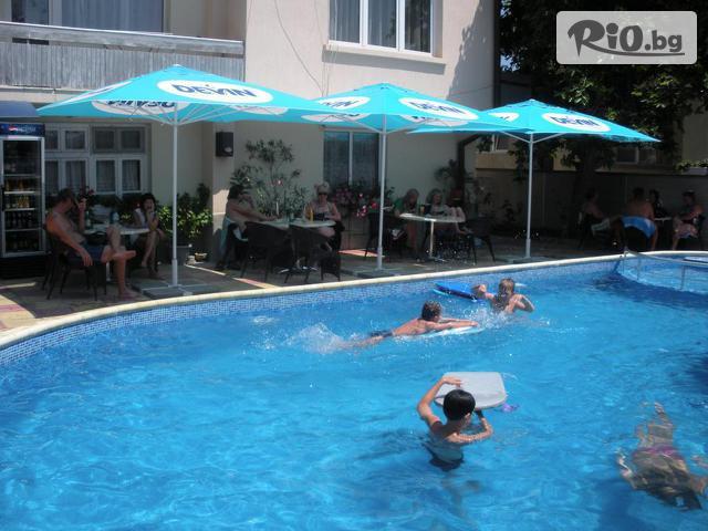 Хотел Пешев Галерия #9