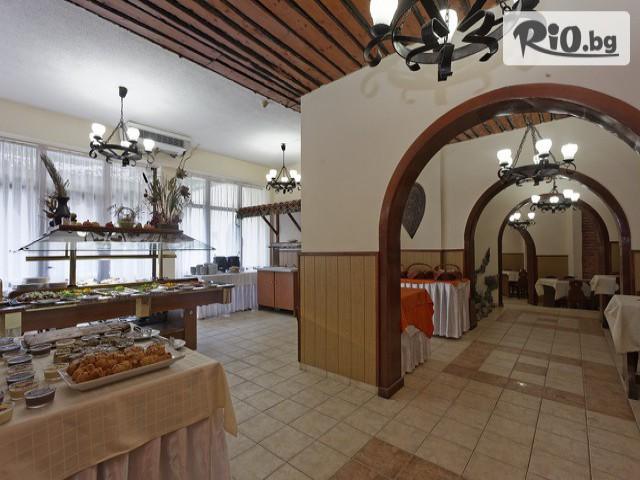 Хотел Преслав Галерия #12