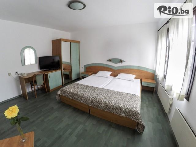 Хотел Зограф Галерия #6