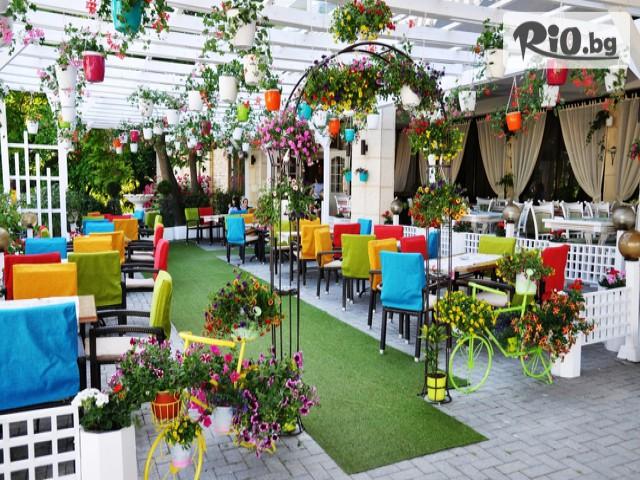 Ресторант Варна Галерия #1