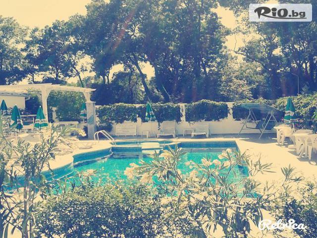 Семеен хотел Ариана Галерия #7