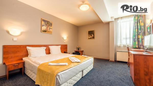 Хотел Света София