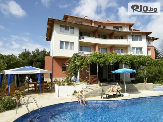 Семеен хотел Ефос Галерия #1