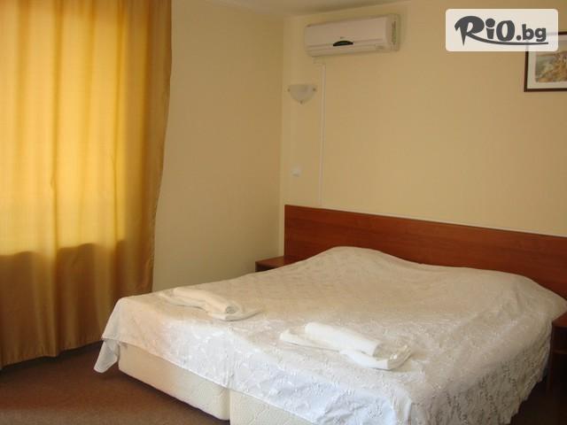 Хотел Сандор Галерия #12