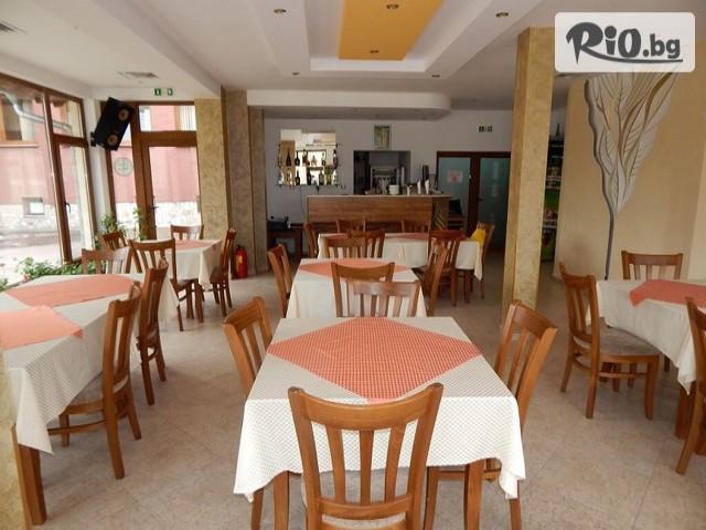 Семеен хотел Велена Галерия #11