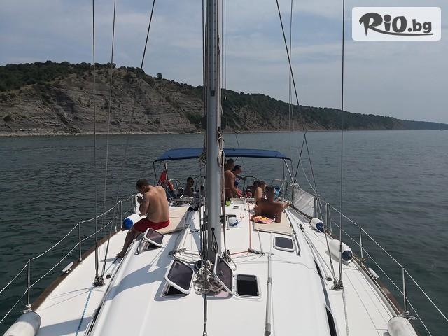 Яхта BAVARIA 49 Галерия #9