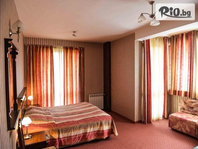 Хотел Ивел Галерия #11