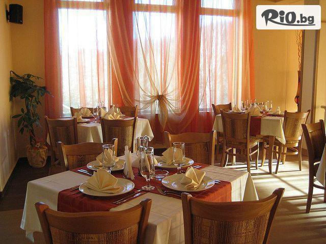 Хотел Дикас Галерия #14