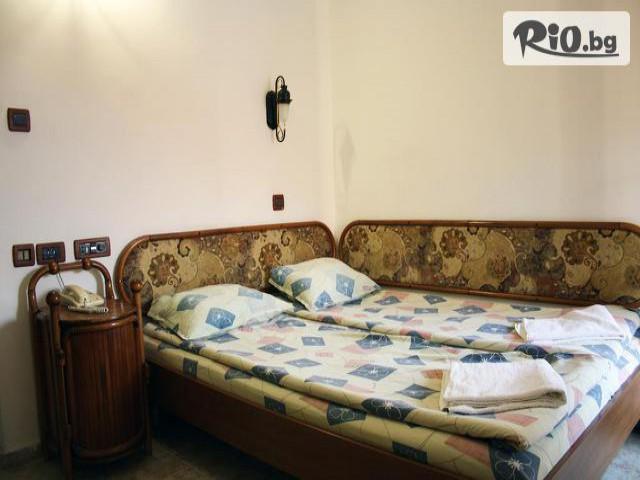 Хотел Рони Галерия #12