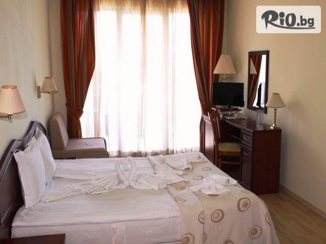 Хотел Астрея Галерия #11